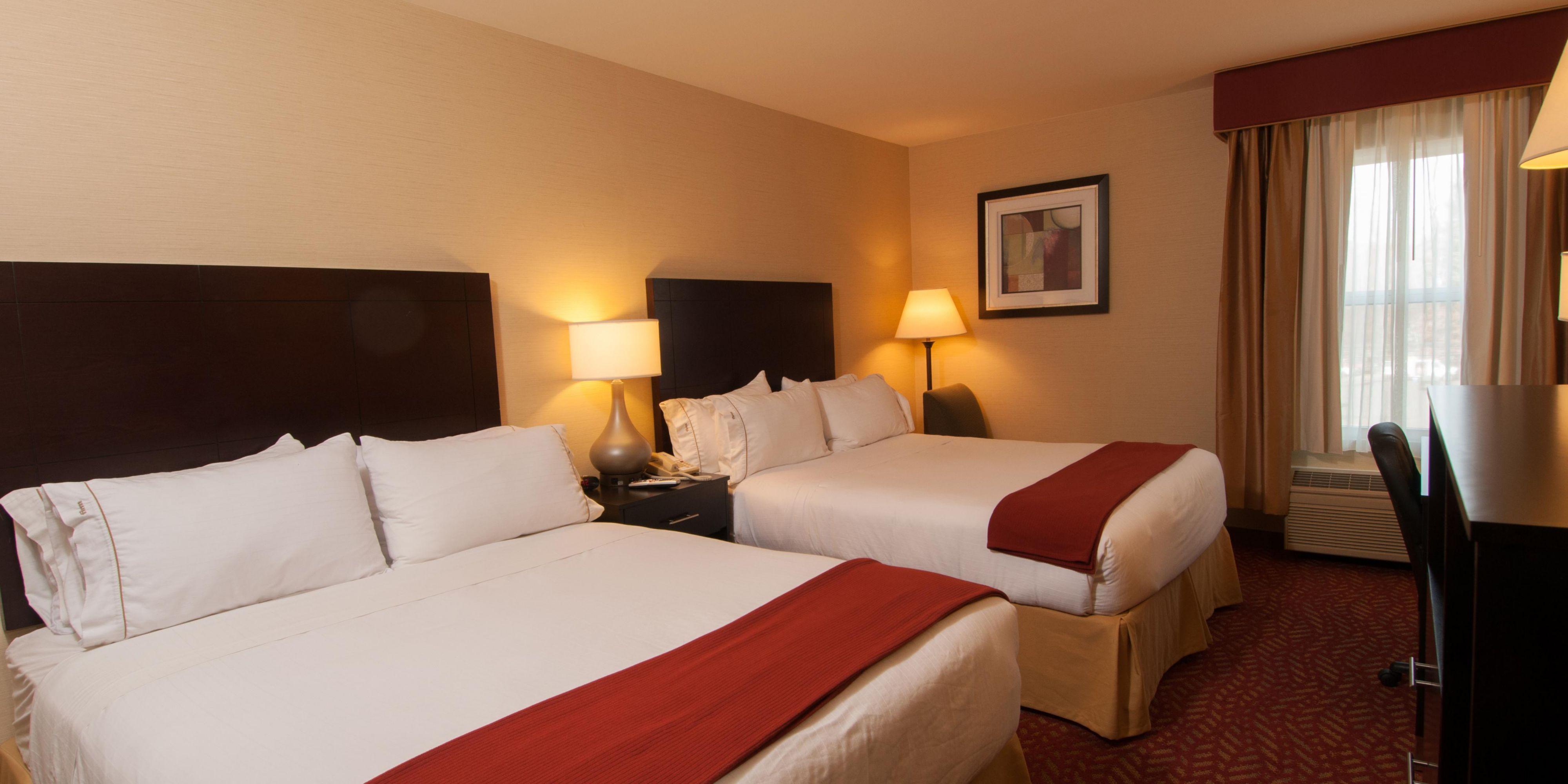 Holiday Inn Express Vernon 4605574103 2x1