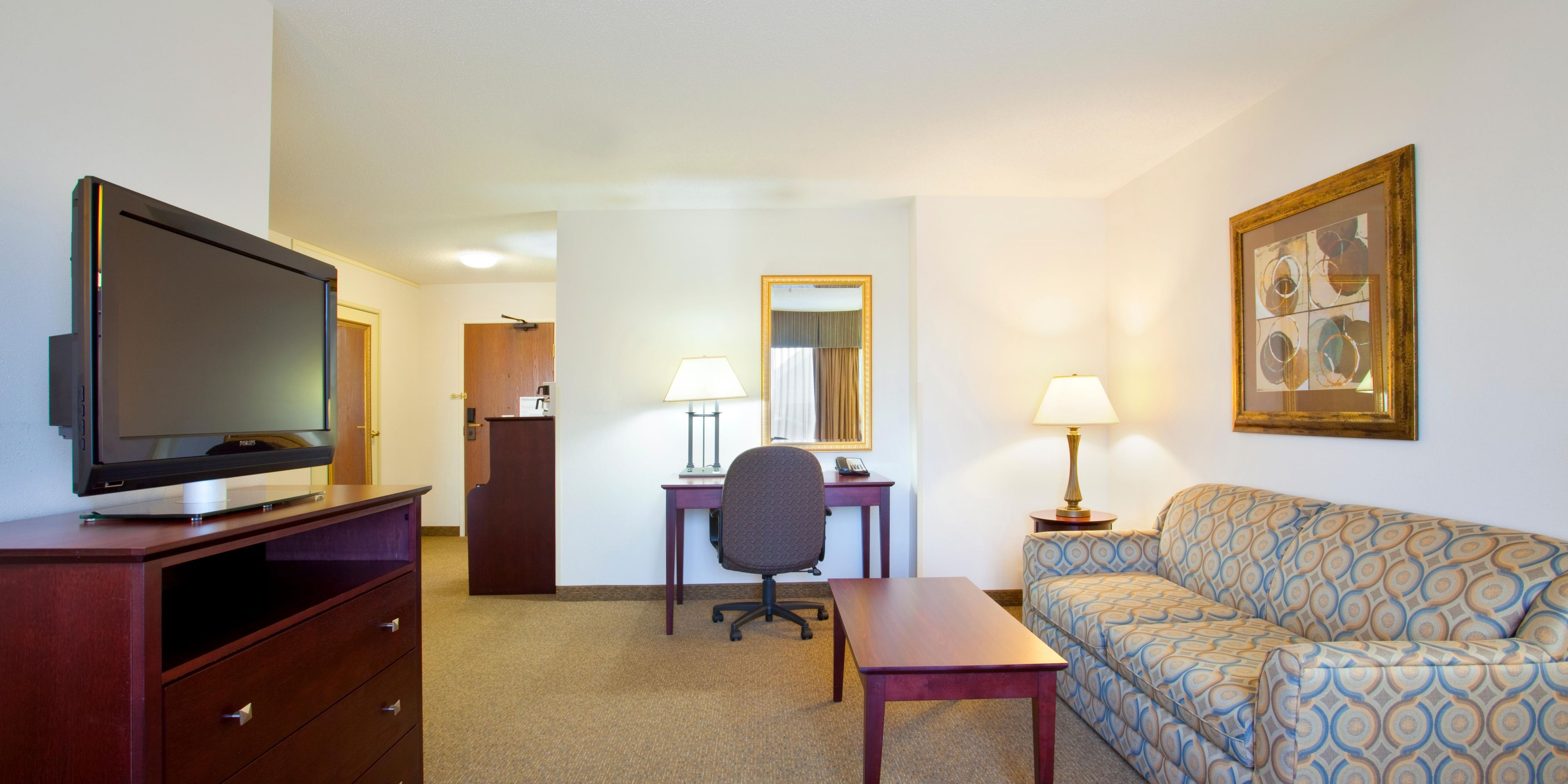 ... Guest Room; King Bed Guest Room Vernon Hills, IL.