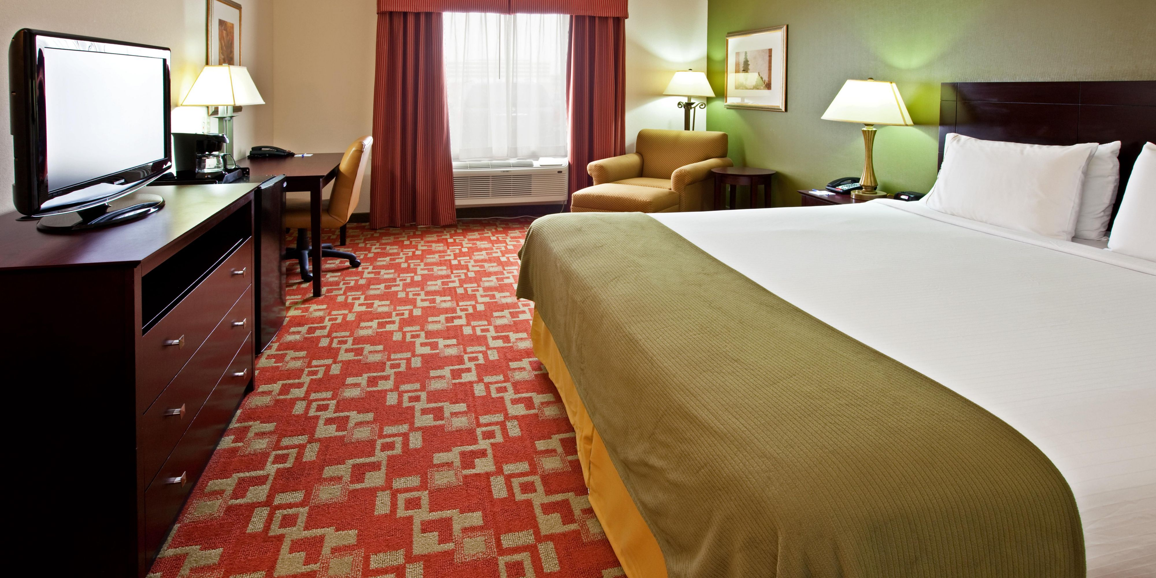 Holiday Inn Express Vincennes 2533319622 2x1