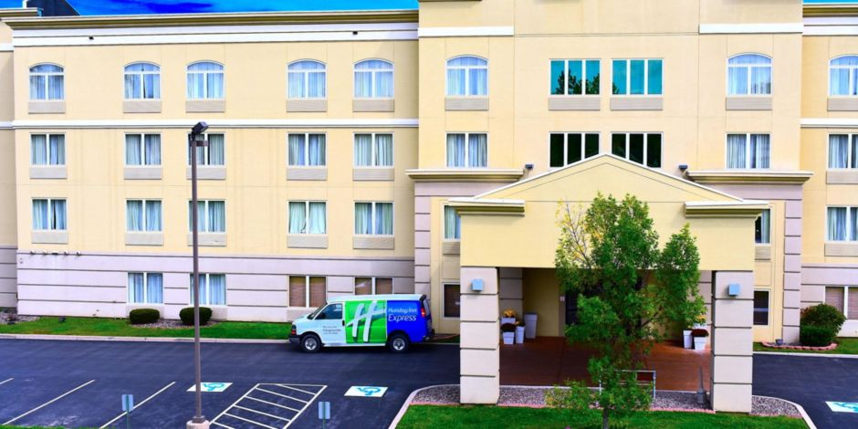 Holiday Inn Express Fairgrounds Syracuse Ny In Minutes From Lake View Amphitheatre