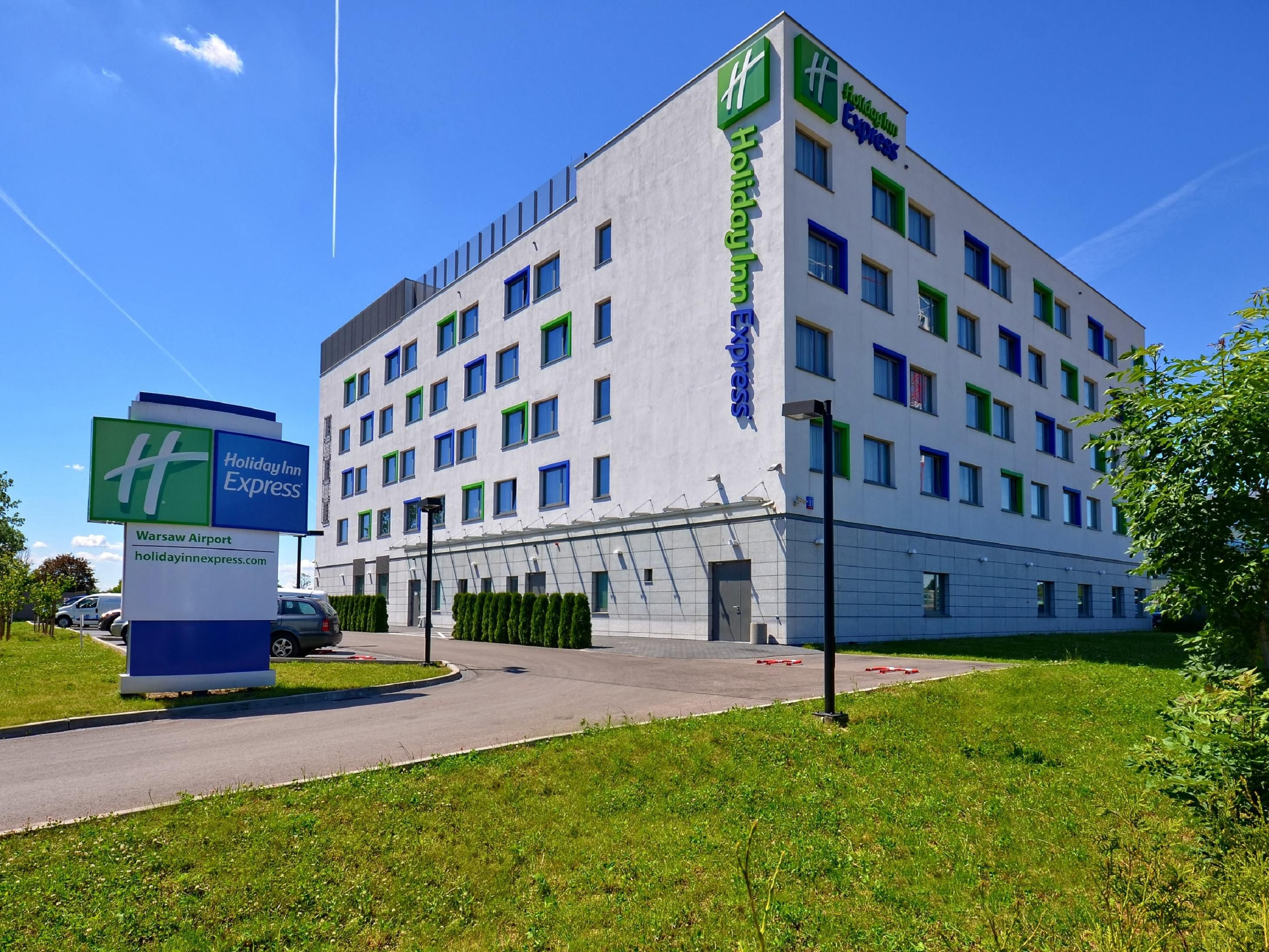 Airport Hotel Holiday Inn Express Hotel Warsaw Airport