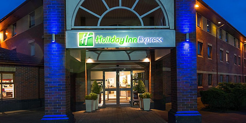 Holiday Inn Express Hotel Warwick Stratford Upon Avon