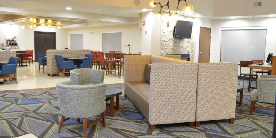 Spaciousness and comfort was key to our hotel lobby design ...