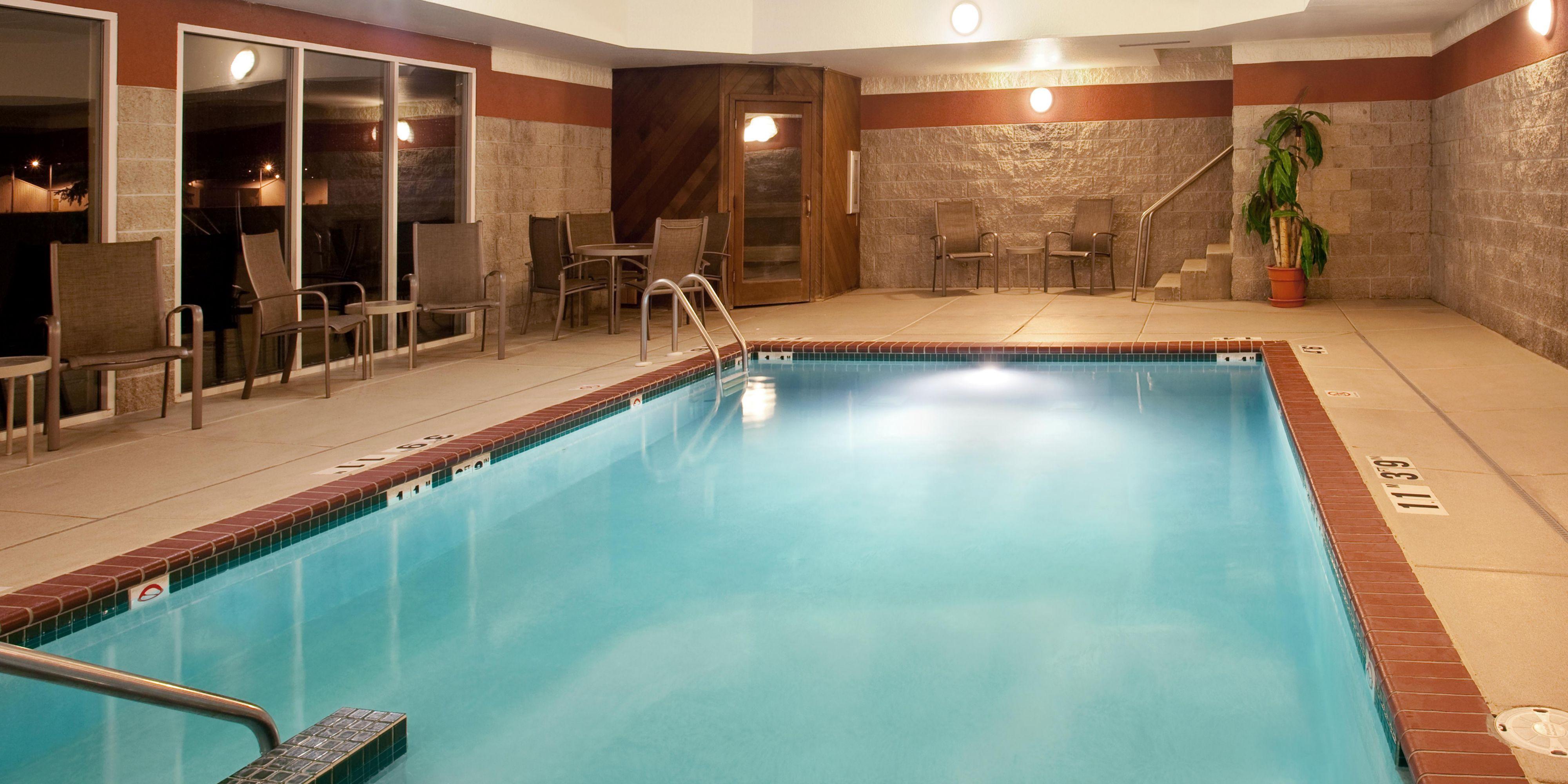 Holiday Inn Express Watertown 2533104304 2x1