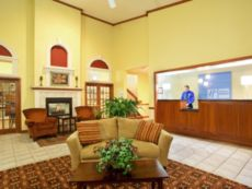 Holiday Inn Express Watertown in Fort Atkinson, Wisconsin