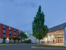 Holiday Inn Express Wilkesboro in Blowing Rock, North Carolina