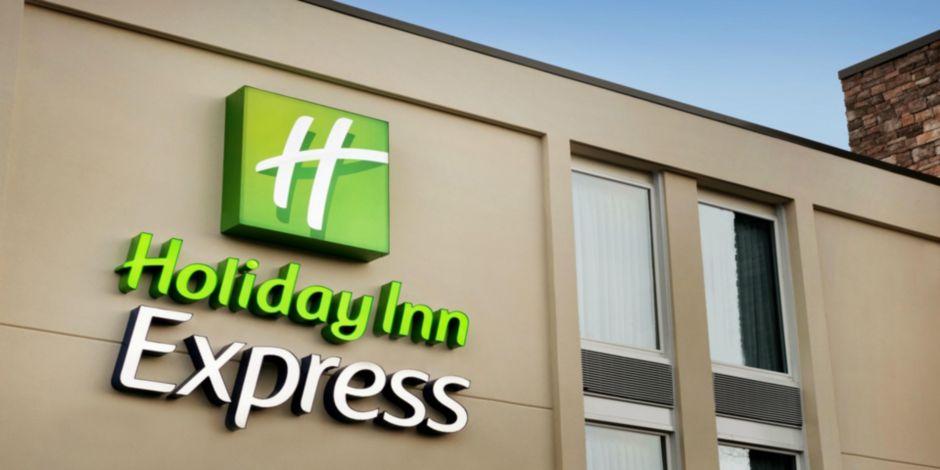 Holiday Inn Express Williamsbrg Busch Gardens Area Hotel by IHG