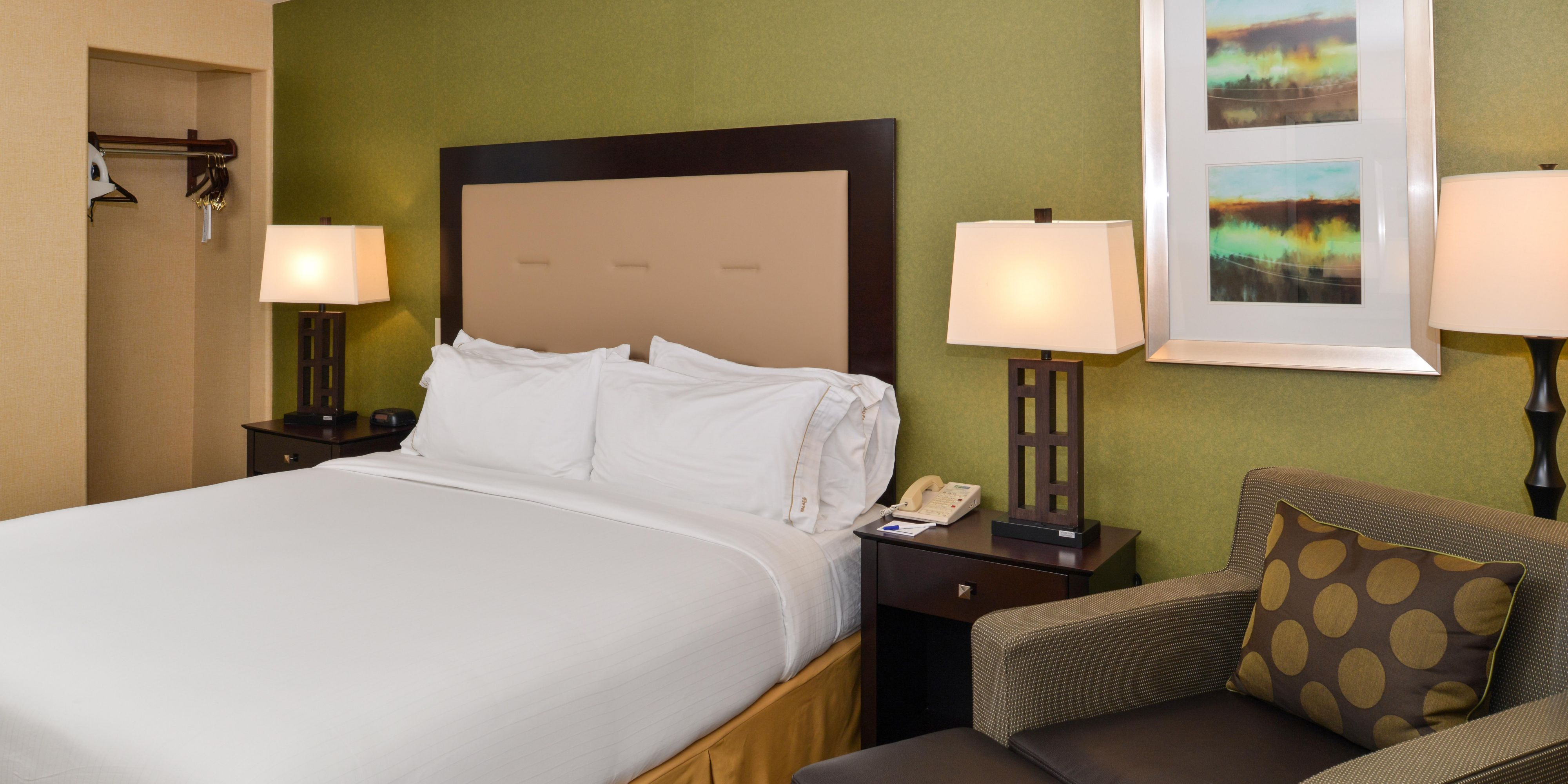 holiday inn express woodland hotel by ihg