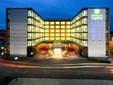 Holiday Inn Express Zúrich - Aeropuerto in Affoltern Am Albis, Switzerland