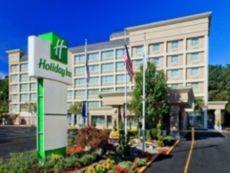 Holiday Inn GW Bridge-Fort Lee NYC Area in White Plains, New York
