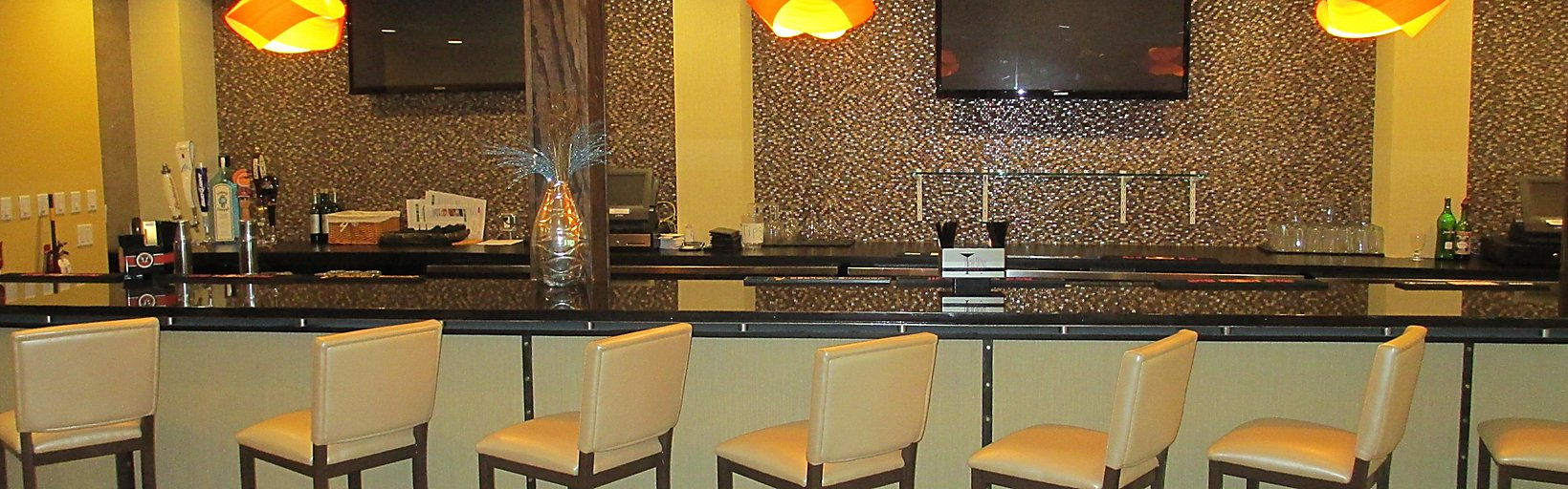 Restaurants Near Holiday Inn Fort Myers - Downtown Area