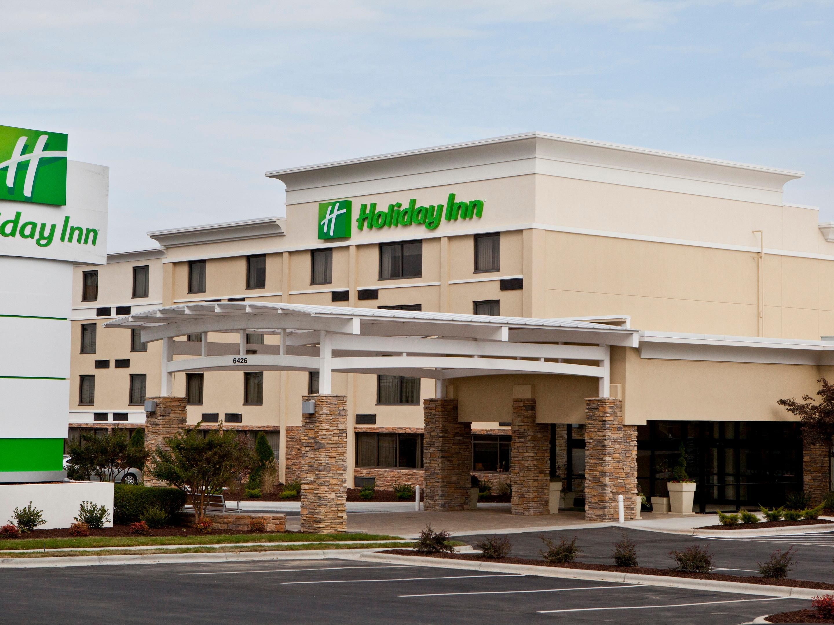 Holiday Inn Greensbooro Airport Hotel Exterior