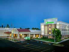 Holiday Inn Gurnee Convention Center in Waukegan, Illinois