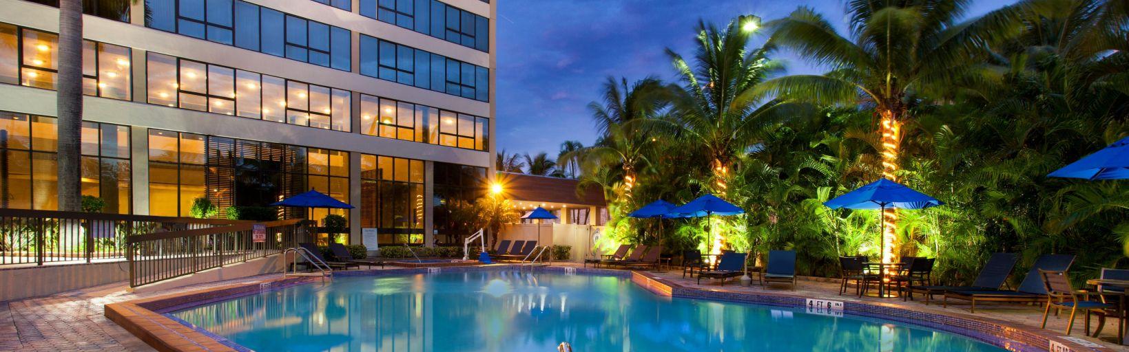 howard johnson plaza hotel miami airport hialeah gardens fl. Howard Johnson Plaza Hotel Miami Airport Hialeah Gardens Fl E