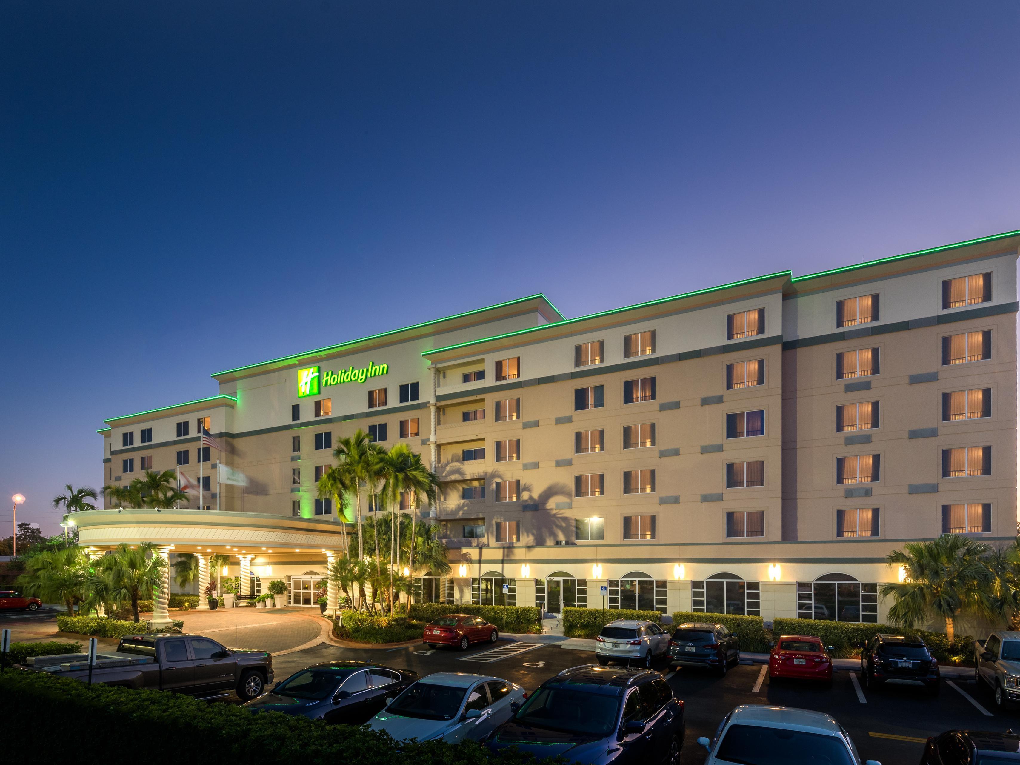 Dania Beach Beach Hotels | Top 17 Beach Hotel Deals