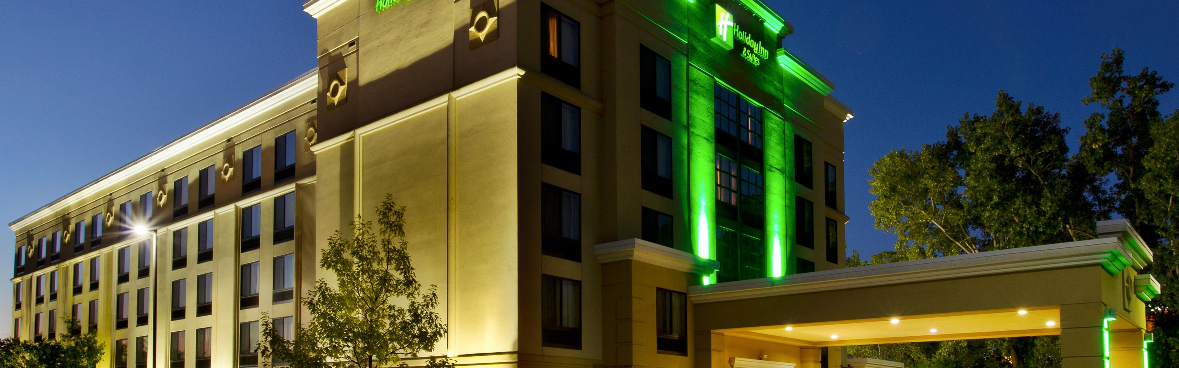 Free Lobby Entrance Front Desk Hotel Exterior Nightime With Hotels Near Briarwood Mall Ann Arbor