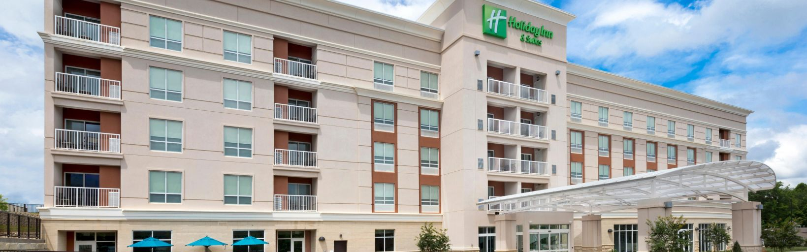 Holiday Inn Suites Arden Asheville Airport