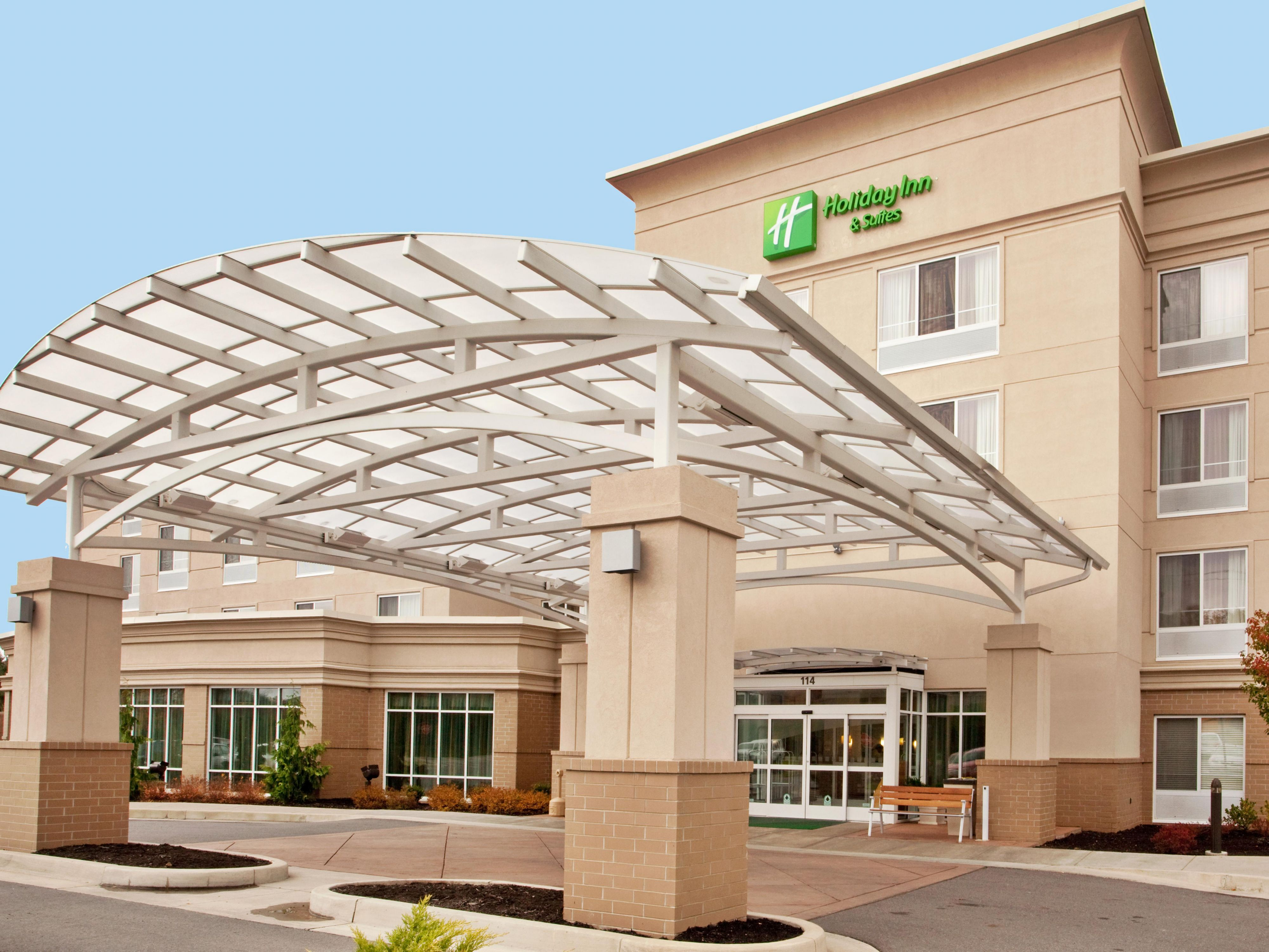 Welcome to the Holiday Inn Beckley