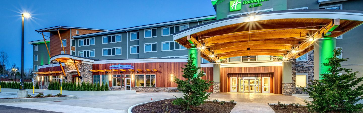 Welcome To The 1st H4 Holiday Inn Suites Bellingham Washington