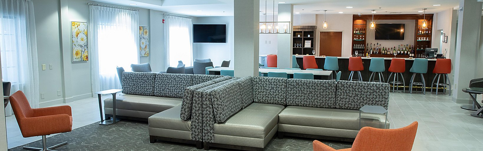 Holiday Inn Hotel Suites Raleigh Cary I 40 At Walnut St Hotel By Ihg