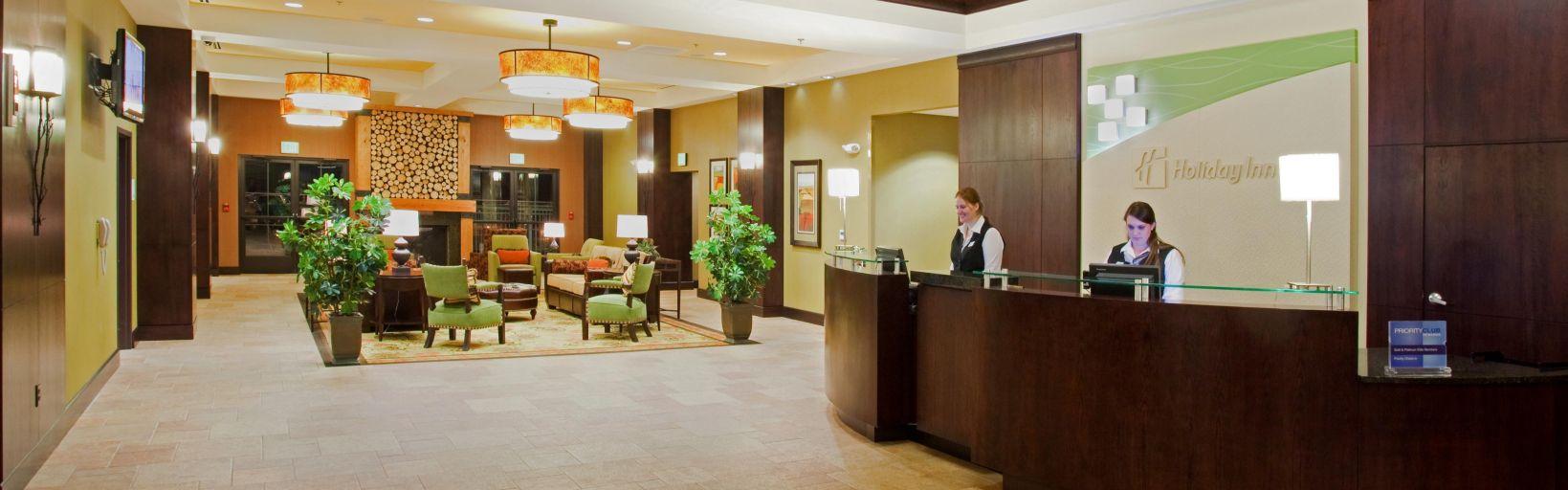 Ious Hotel Lobby
