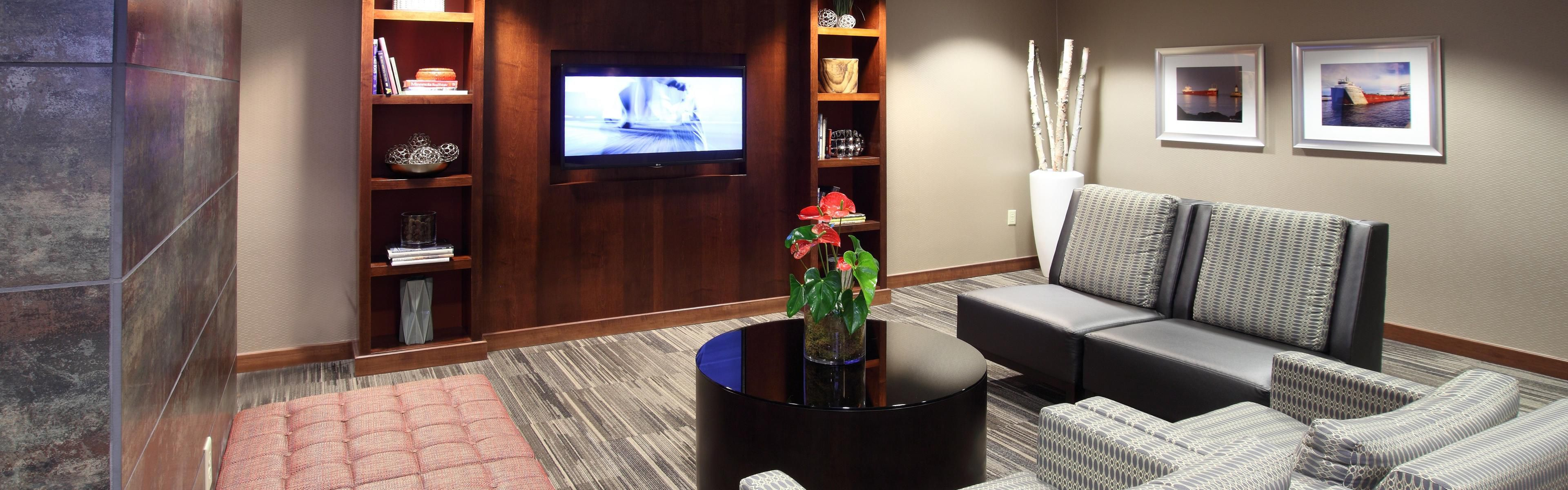 Exceptional Hotels In Duluth, MN   Downtown| Holiday Inn Hotel Duluth | IHG
