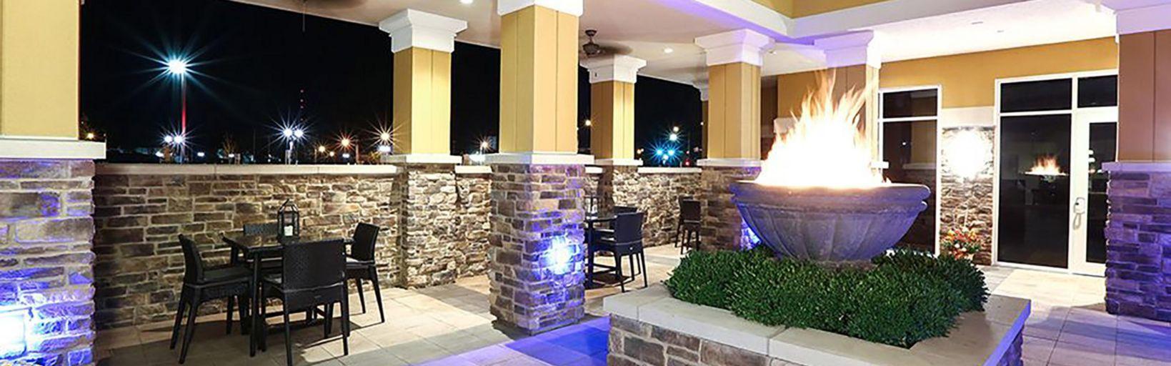 Suites Hotel In East Peoria Il Exterior Feature