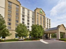Holiday Inn Hotel & Suites Chicago Northwest - Elgin in Crystal Lake, Illinois