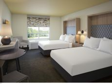 Holiday Inn Suites Fayetteville W Fort Bragg Area In Hope Mills North Carolina