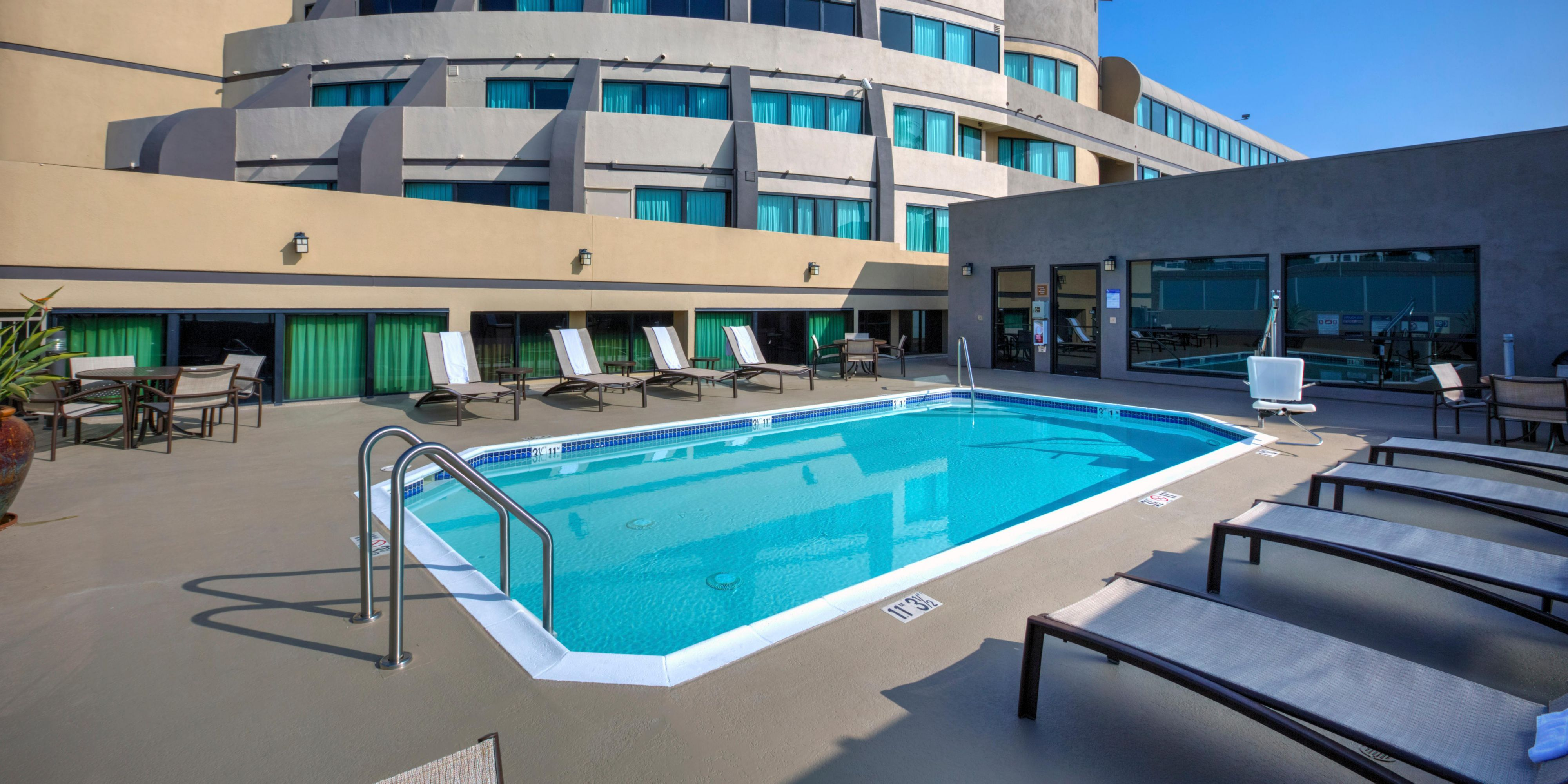 Hotels in Fullerton, CA | Holiday Inn & Suites Anaheim ...