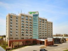 Holiday Inn & Suites 伦敦