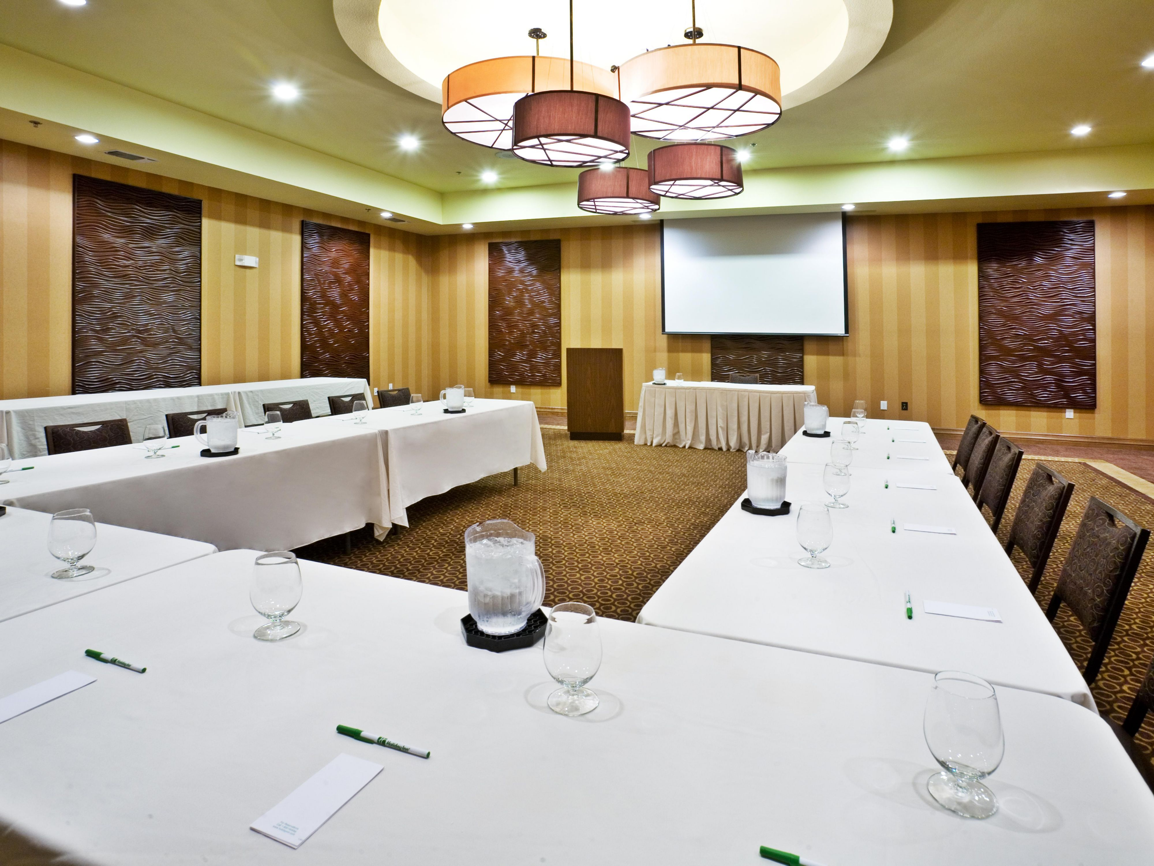 Meeting Room can be used in its entirety or partitioned.
