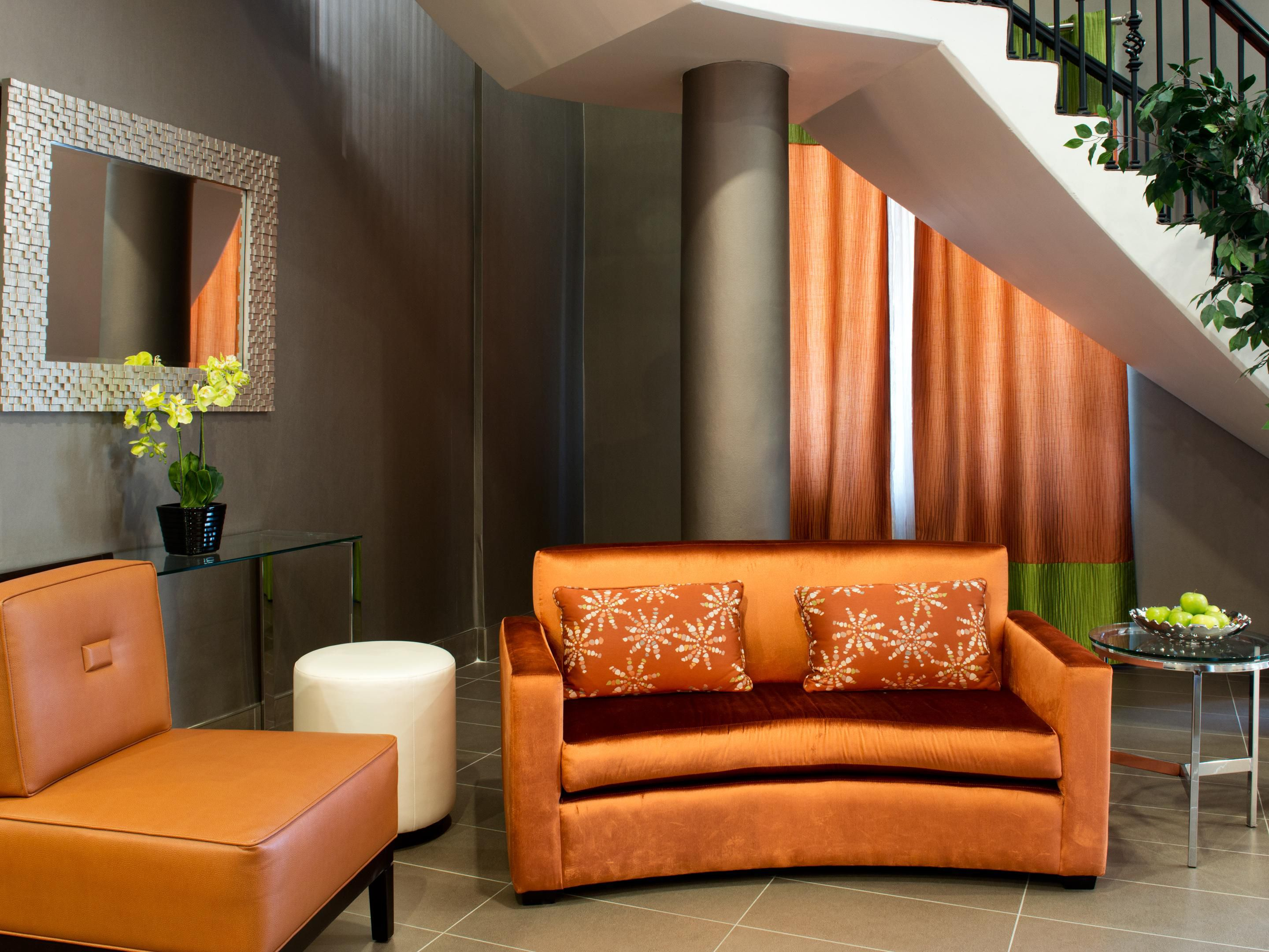 Unwind in our  Lounge by the lobby of our Mississauga Hotel