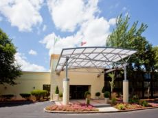 Holiday Inn & Suites Nashua in Lawrence, Massachusetts