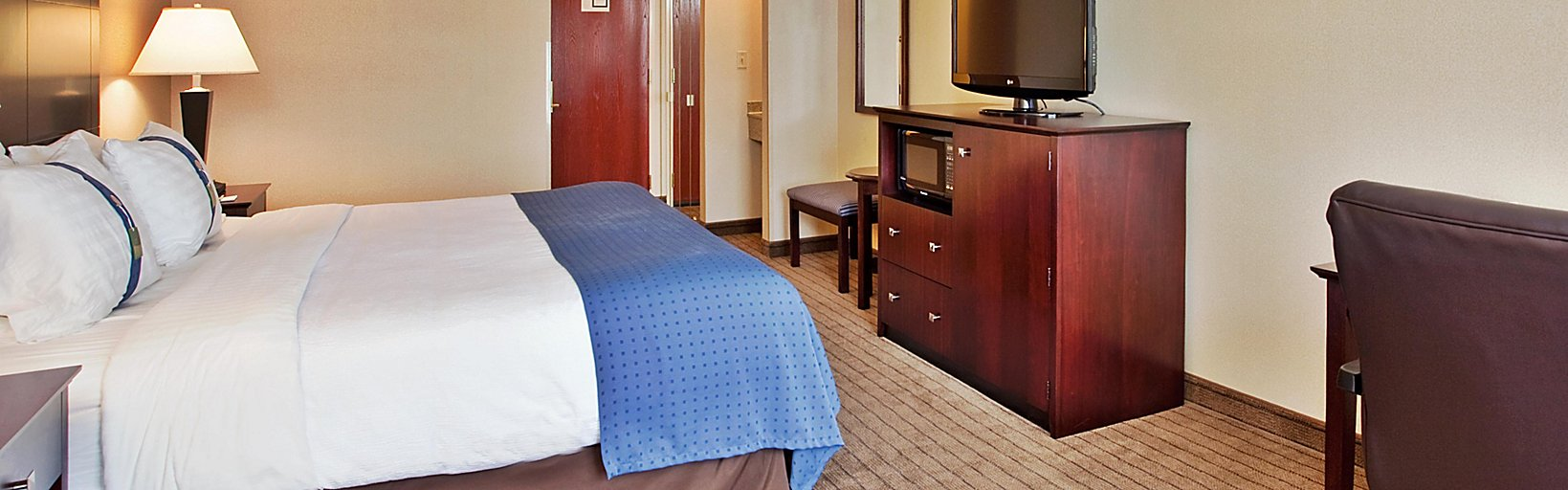 Holiday Inn Overland Park Hotels