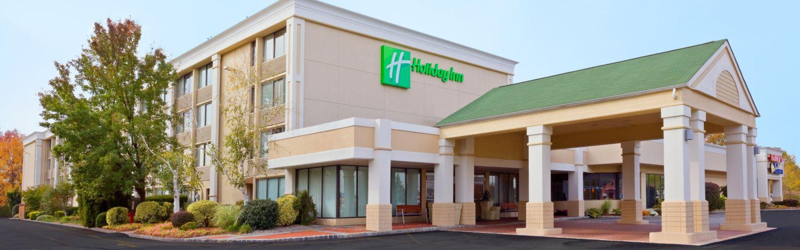 Hotels Near Freehold Nj