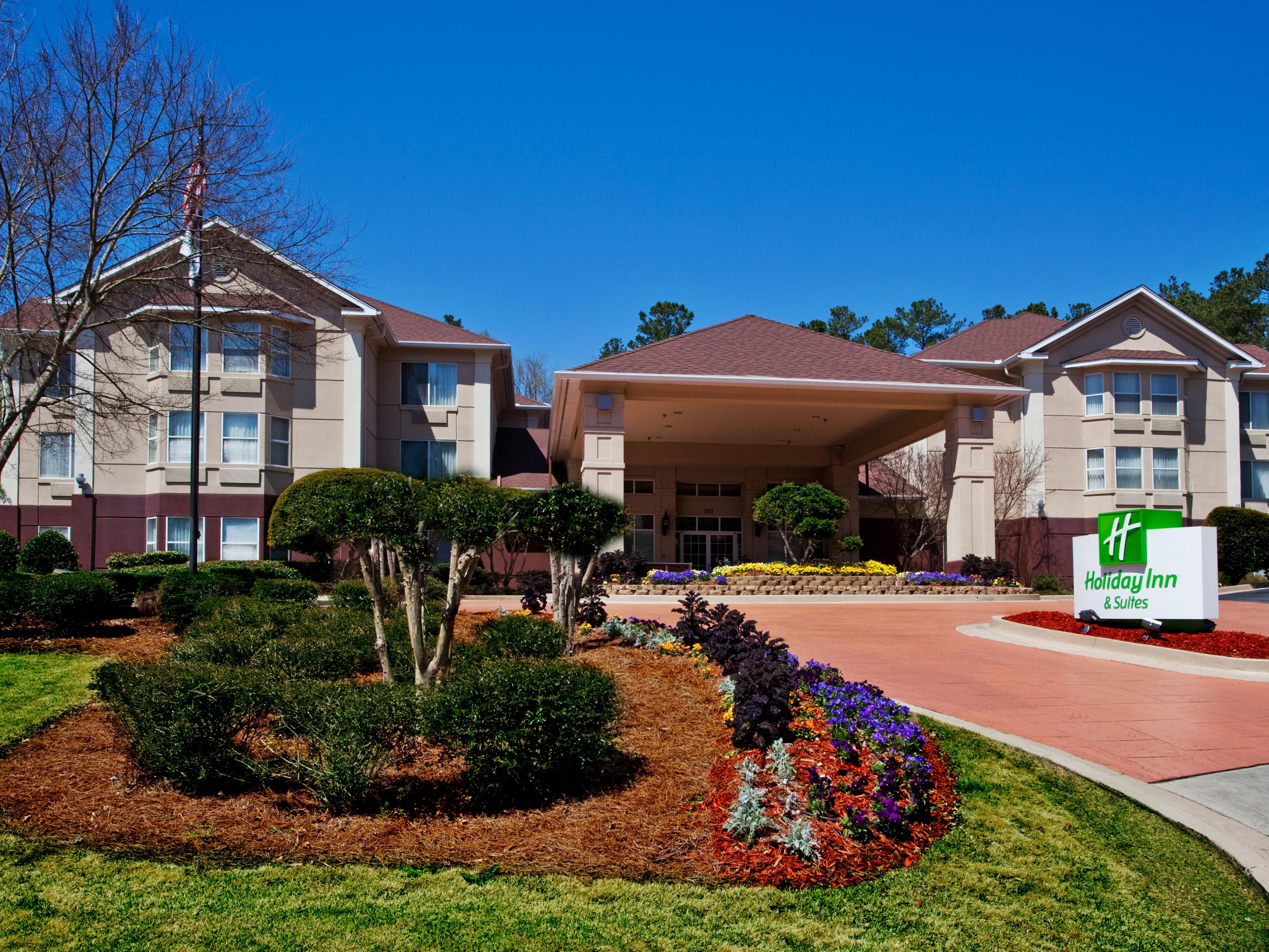 Just minutes from I85 & Downtown Peachtree City