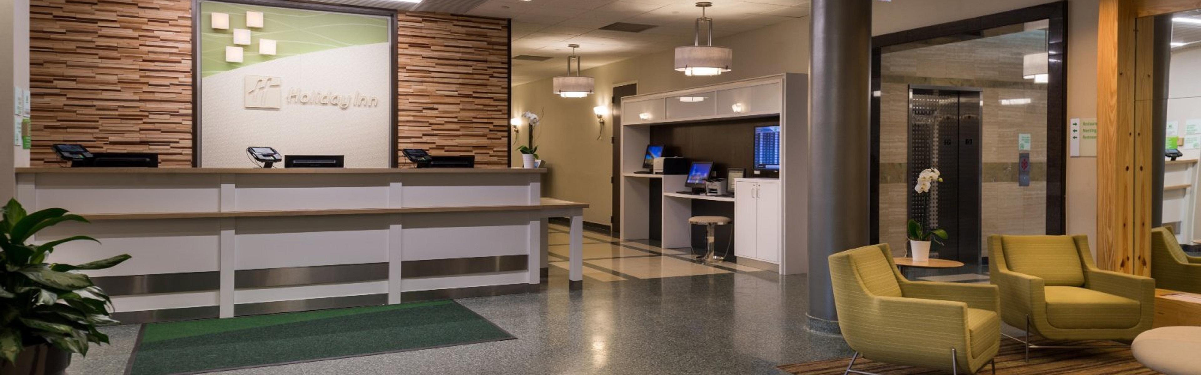 Best Hotel Lobby With Hotels Near Rosemont Convention Center