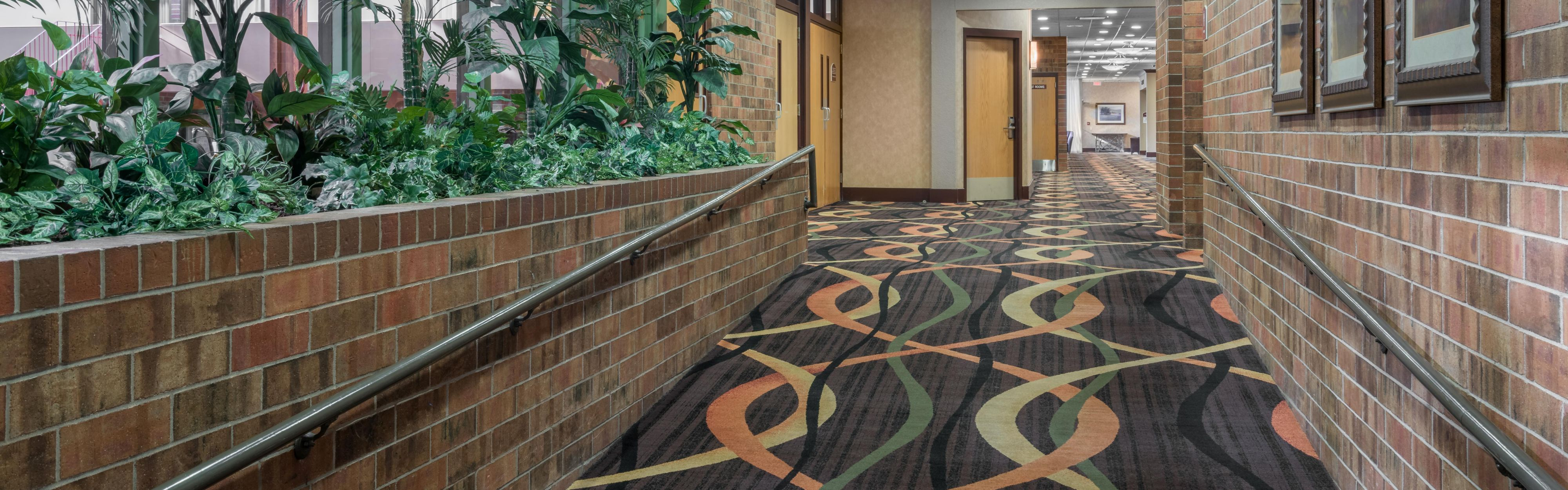 Holiday Inn Hotel & Suites St. Cloud Hotel by IHG
