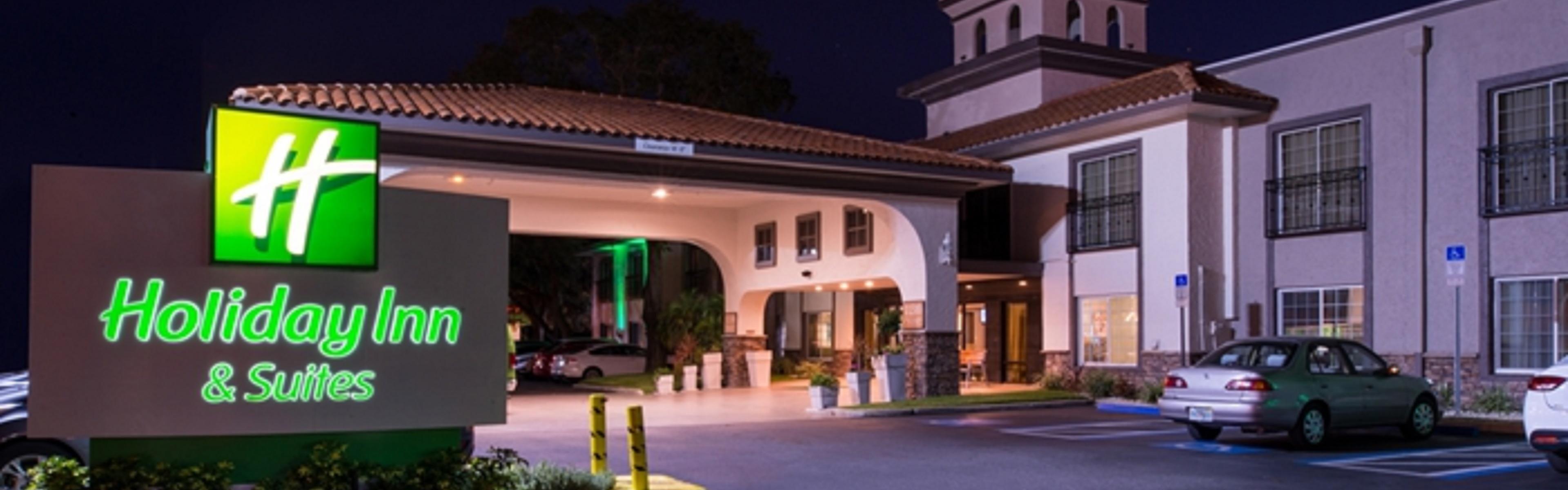 ... Hotel Entrance ...