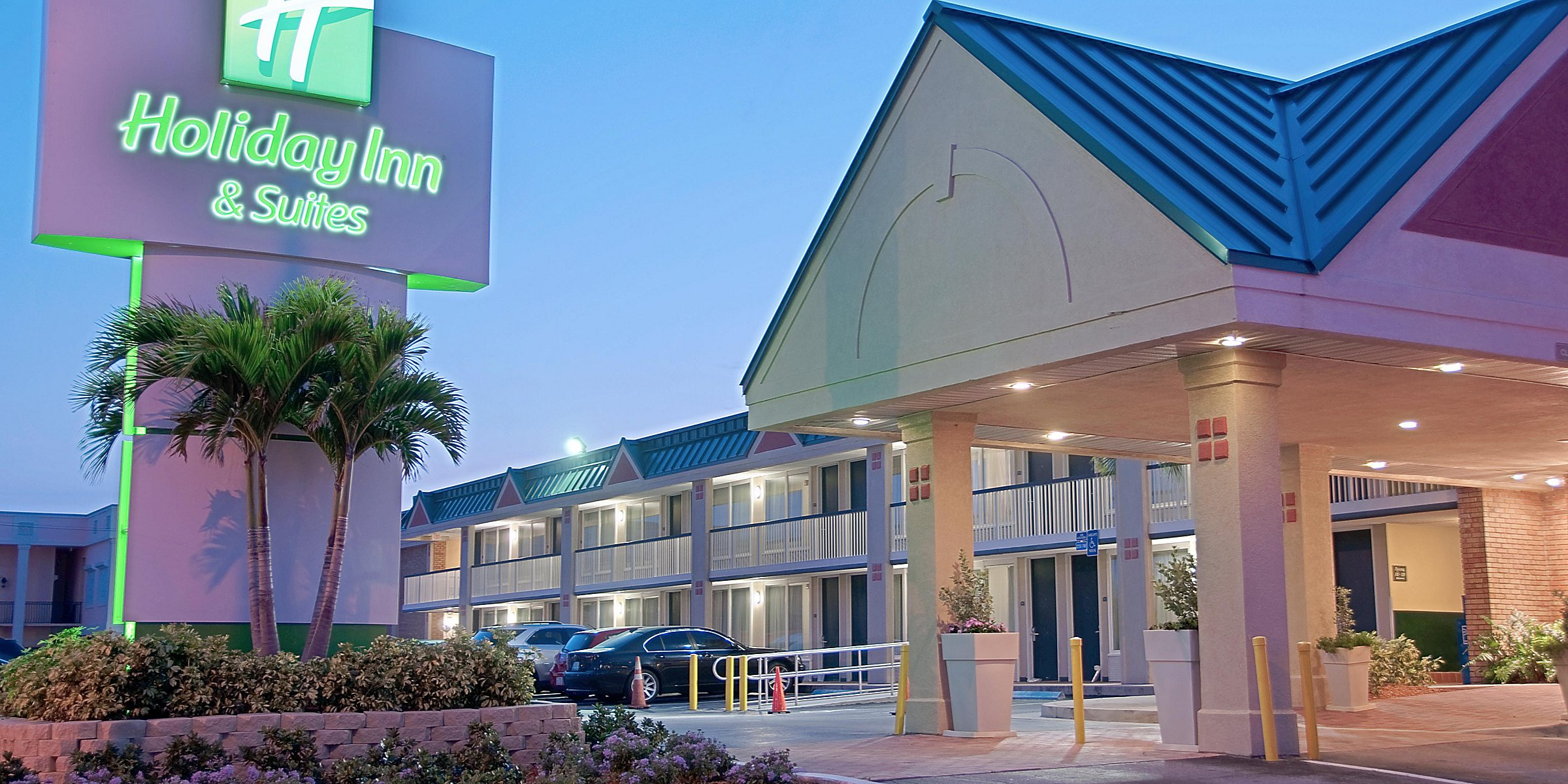 Holiday Inn Suites Vero Beach