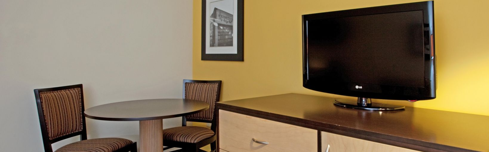 Americas Best Value Inn West Columbia Holiday Inn Hotel Suites Columbia Airport Hotel By Ihg