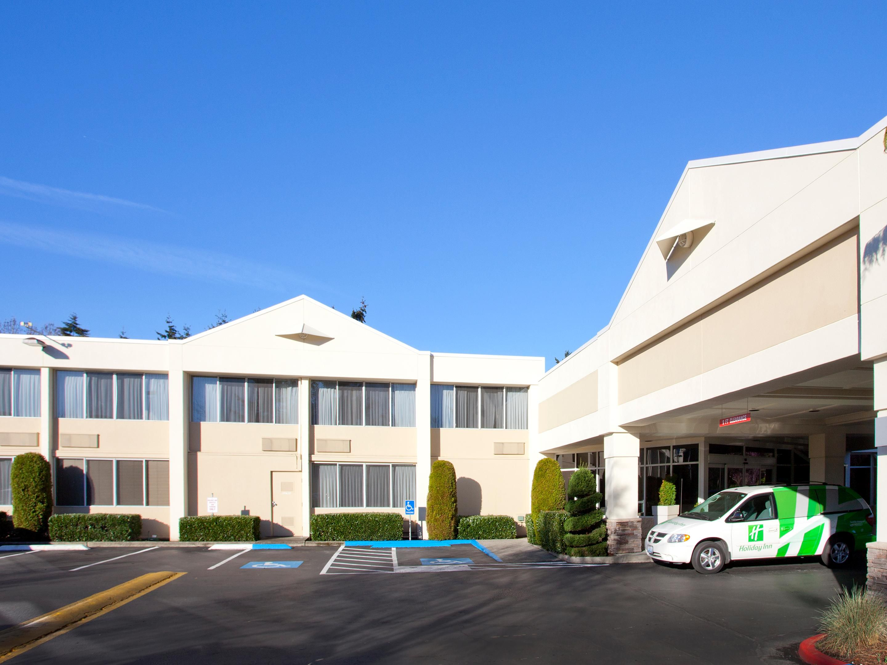 We welcome you to the Holiday Inn Seattle-Issaquah
