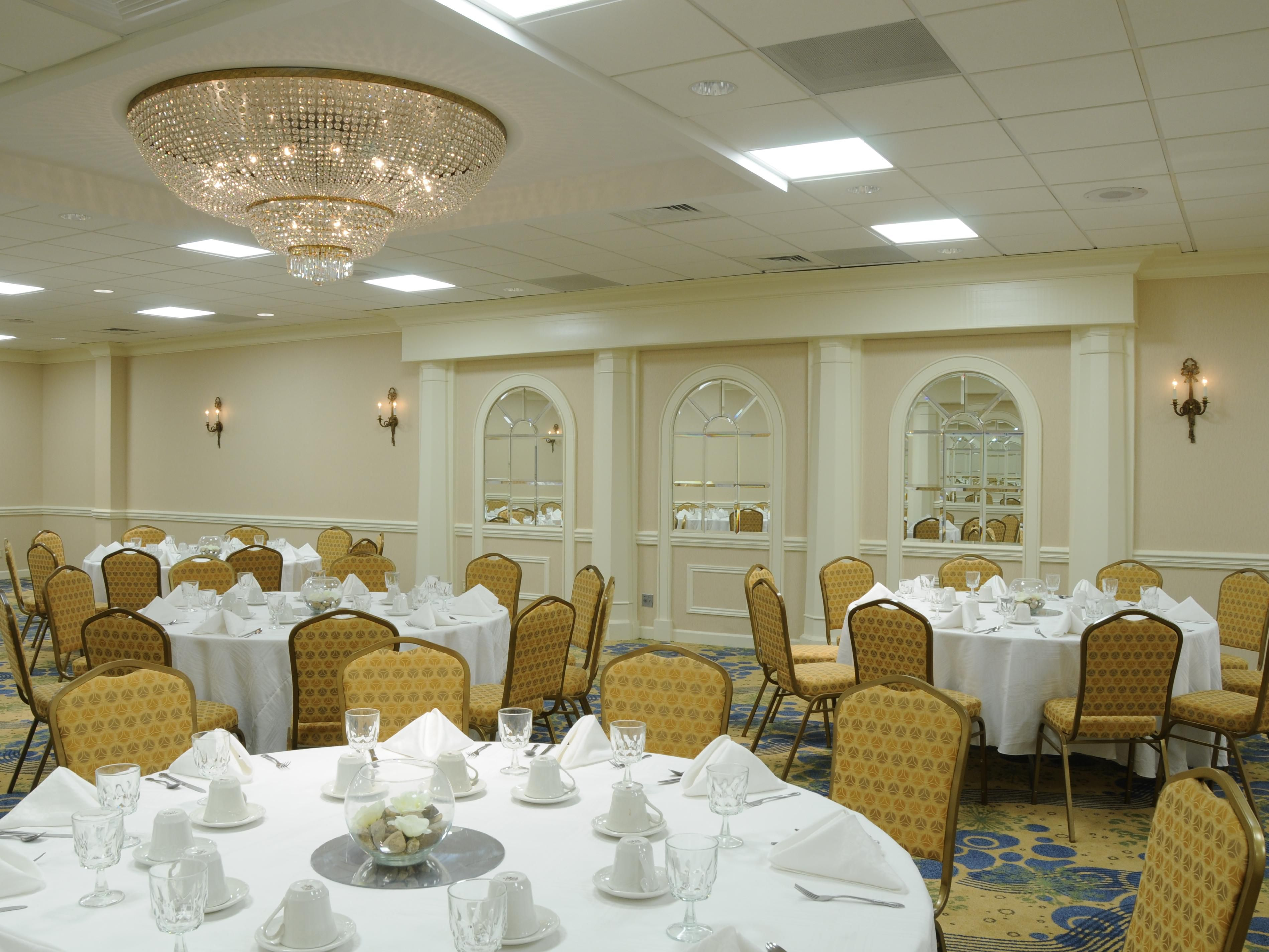 International Ballroom has upscale comfort for 200 of your friends