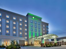 Holiday Inn Kansas City Airport in Lansing, Kansas