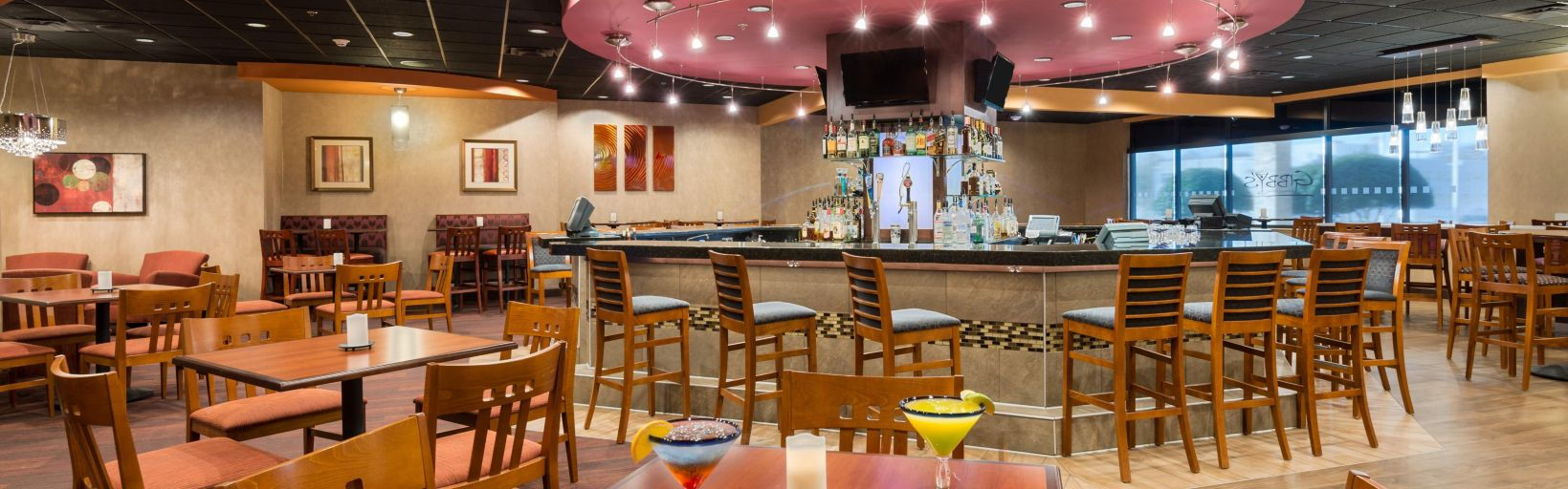 Bar And Lounge Gibby 39 S Dining Drinks Dinner Entertainment Restaurant