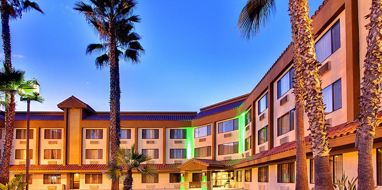 Hotels in La Mesa, CA   Holiday Inn San Diego - La Mesa