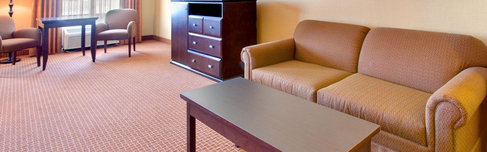 Holiday Inn La Mesa Hotels | Holiday Inn San Diego - La Mesa | Hotel ...