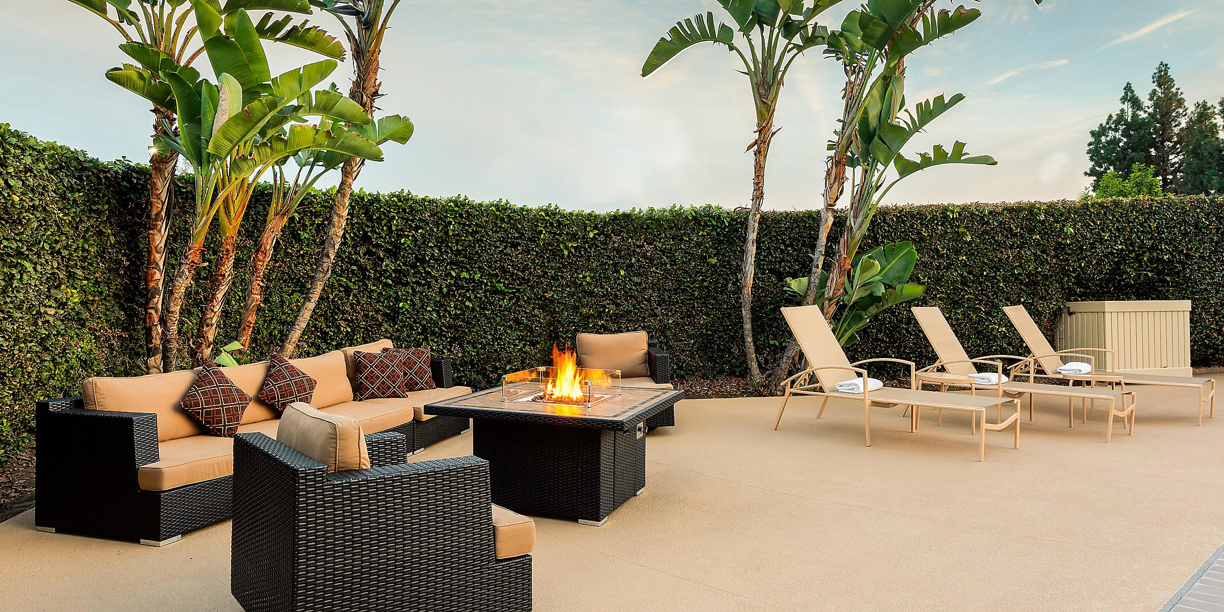 La Mirada, CA Hotels near Buena Park | Holiday Inn La Mirada
