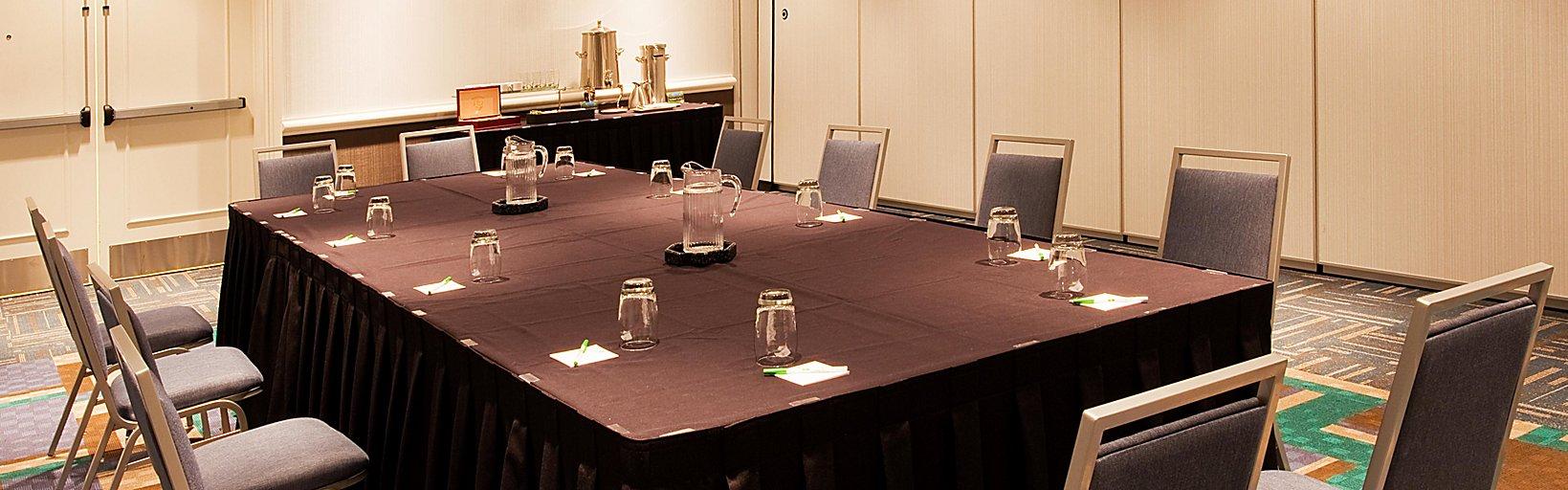 Holiday Inn Orlando-Disney Springs® Area - Hotel Groups & Meeting